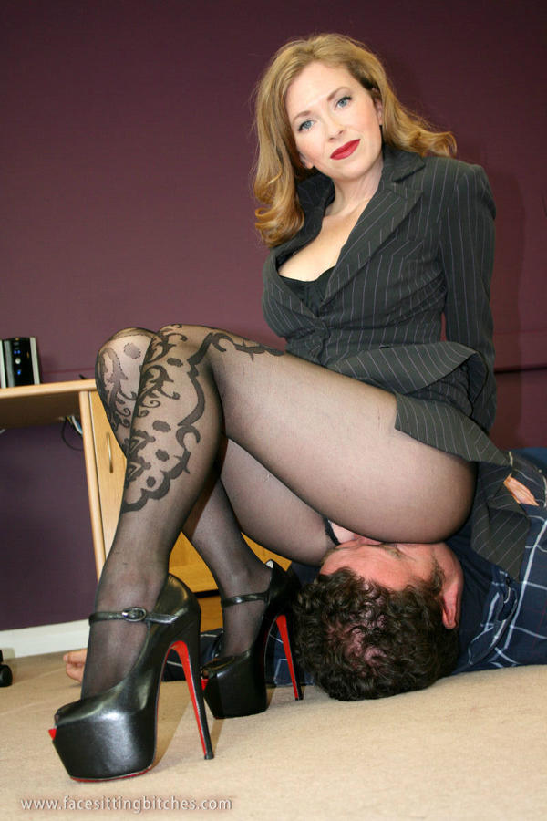 milf fucked and her pussy queefs